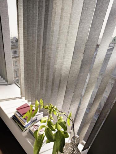 Sonnenschutz LEHA - Vertikaljalousien LEHA_Milano_Detail